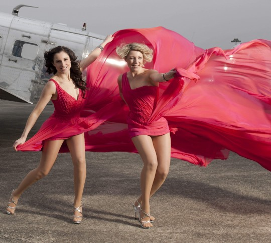 Geschwister-Hofmann | Celebrities | Pinterest | Full skirts, Celebrity style and Midi skirts